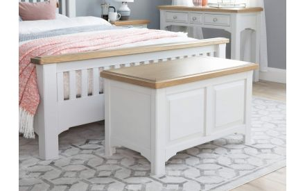 Country-style Contrast Solid Oak Blanket Box - Georgia