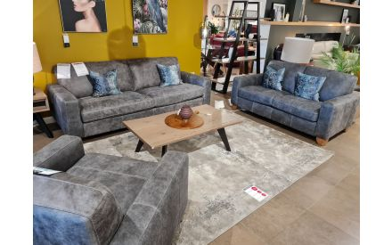 Actual look of the Marco 2.5+2+1 seater floor model offer in Fonthill store