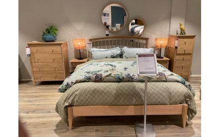 Actual Arc oak 5ft bedroom range floor model on offer in Sligo store