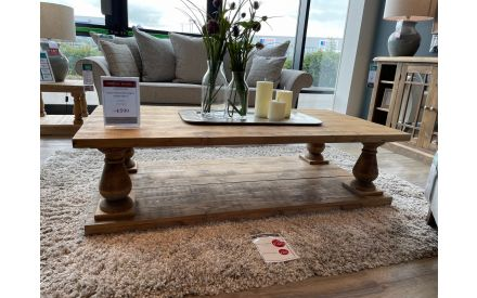 Actual Long Island coffee table floor model offer in the Limerick store