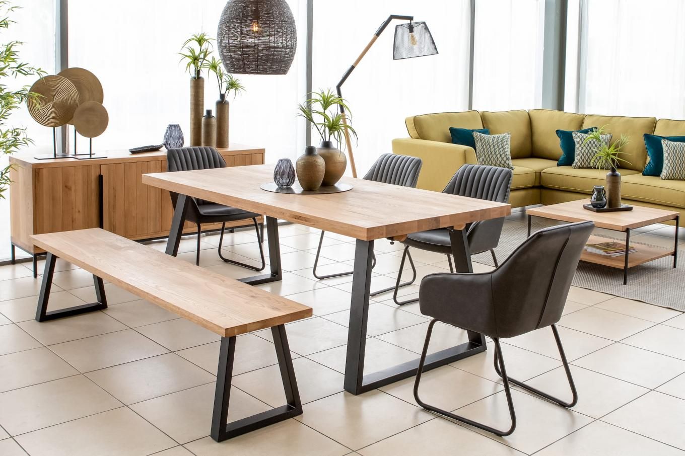 RHF Texas Large Bench & Extendable Table with Bradley Chairs Lookbook