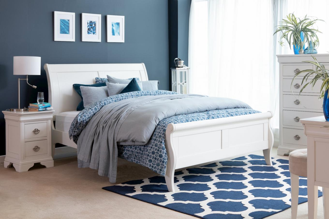 6ft Chantilly Bed Lookbook