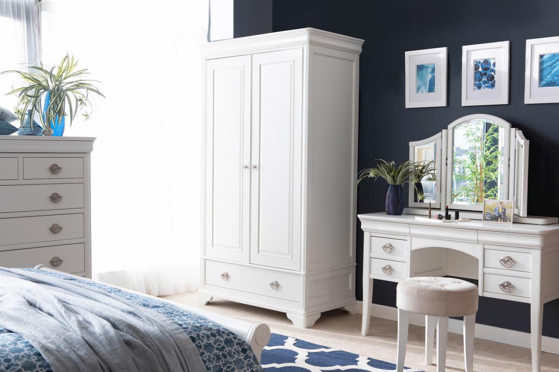 4ft6 Chantilly Bed & Dresser Lookbook
