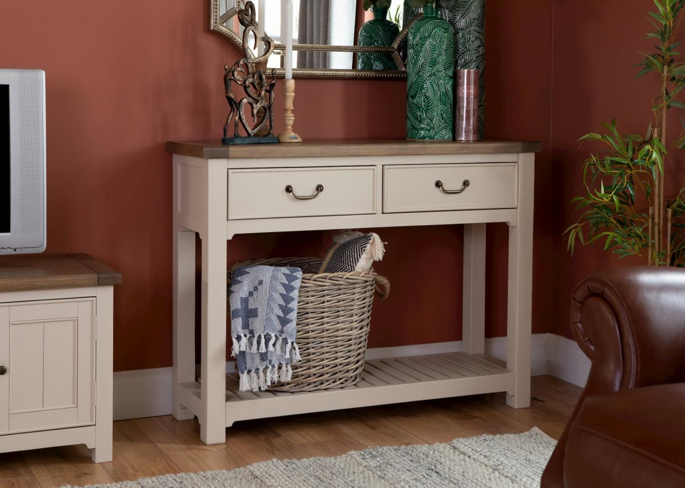 Hampshire Console Table Lookbook