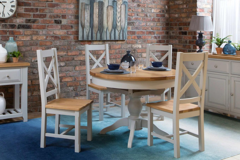 Oak Extendable Round Dining Table Hudson Ez Living Furniture