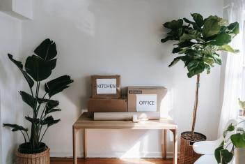 Declutter Your Home for Summer 2021